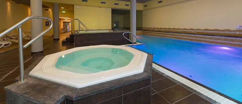 Hotel Baia Verde, Malcesine, Lake Garda, Italy - Indoor pool.jpg
